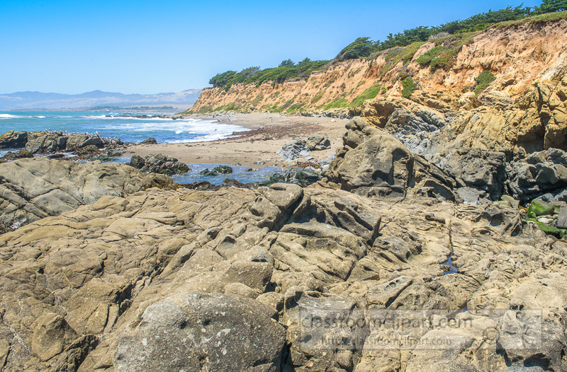 rocky-shoreline-california-coast-7006.jpg