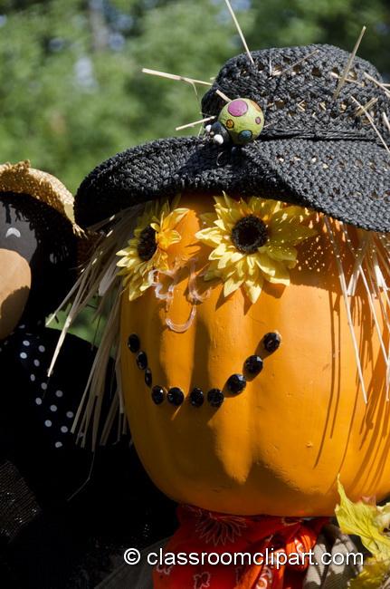 pumpkin_head_scarecrow.jpg