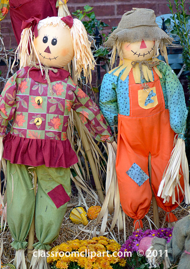 two_scarecrows.jpg