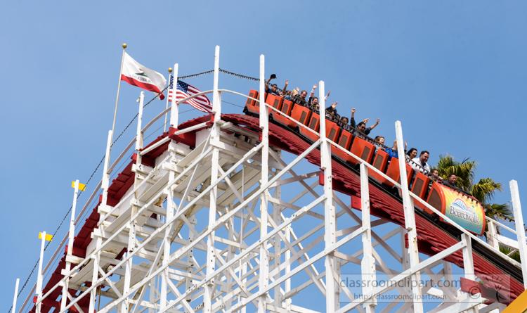 santa-cruz-boardwalk-roller-coaster-photo-7369.jpg