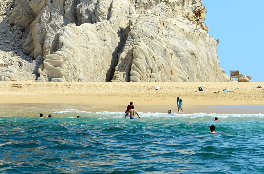 beach-cabo-san-lucas-1649c.jpg