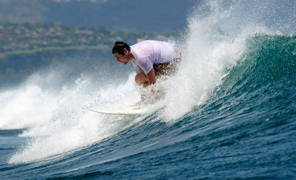 surfing-in-bali-indonedsia-5495b.jpg