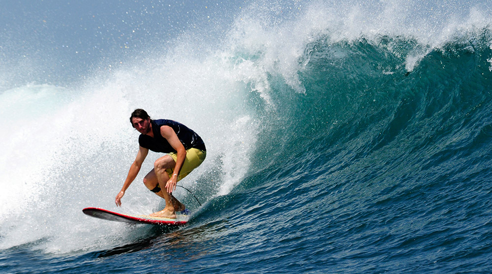 surfing-in-bali-indonedsia-5505a.jpg