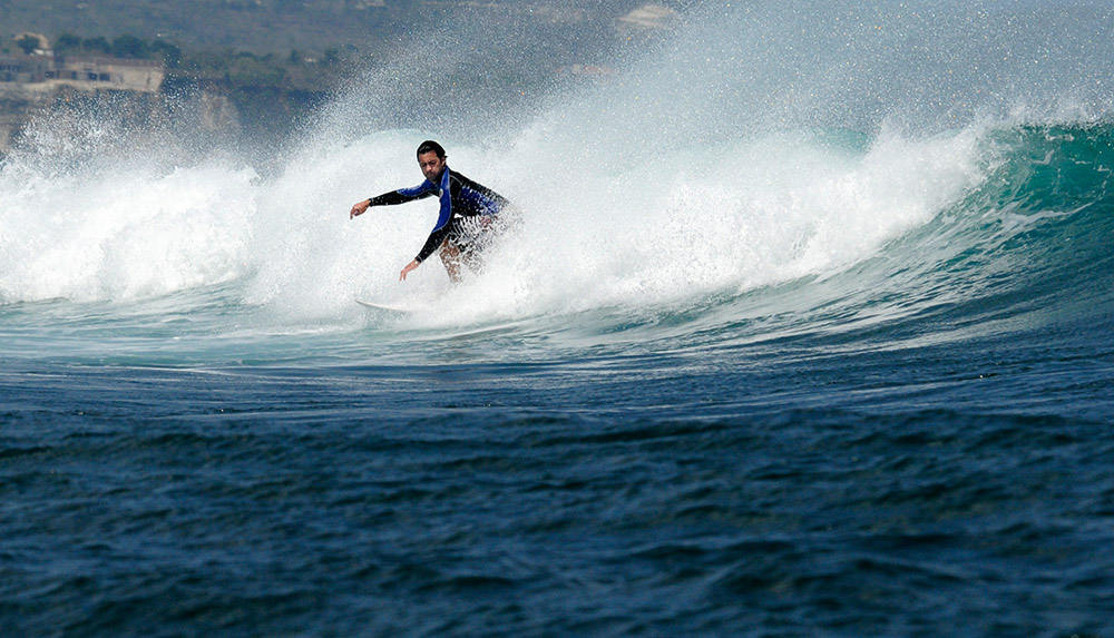 surfing-in-bali-indonedsia-5593a.jpg