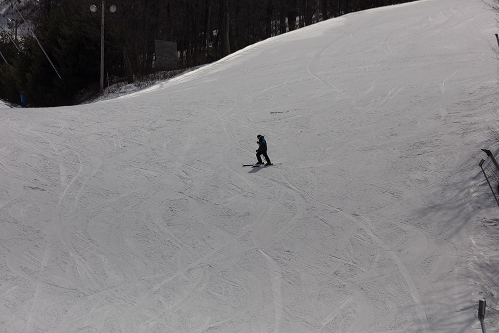 skier-at-the-camelback-mountain.jpg