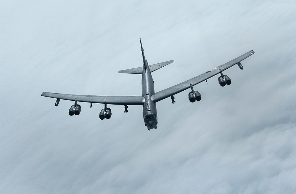 b-52-stratofortress-after-aerial-refueling.jpg