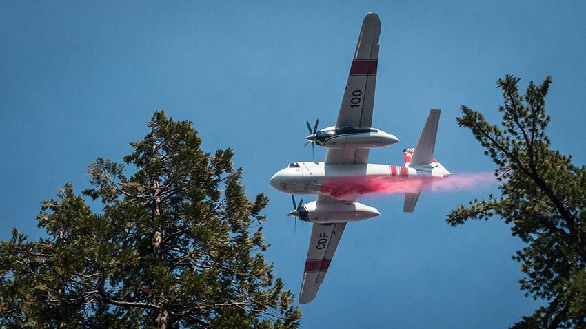 cedar-fire-aircrafts-drops-aerial-retardant-and-water.jpg
