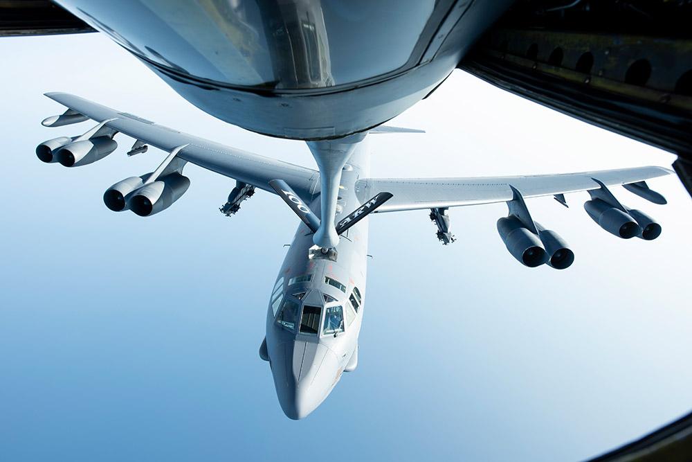 refueling-of-b-52h-stratofortress-aircraft.jpg