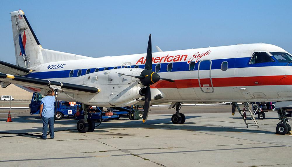turboprop-short-haul-airliner-8997c.jpg