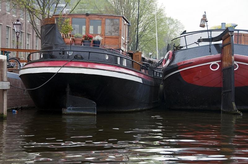 HOL3022A-boat.jpg