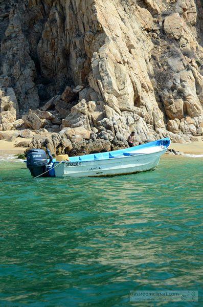 SC_small_boat_coast.jpg