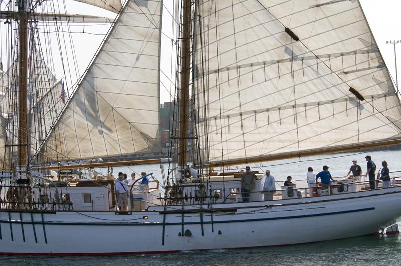 TS18_08_235-boat.jpg