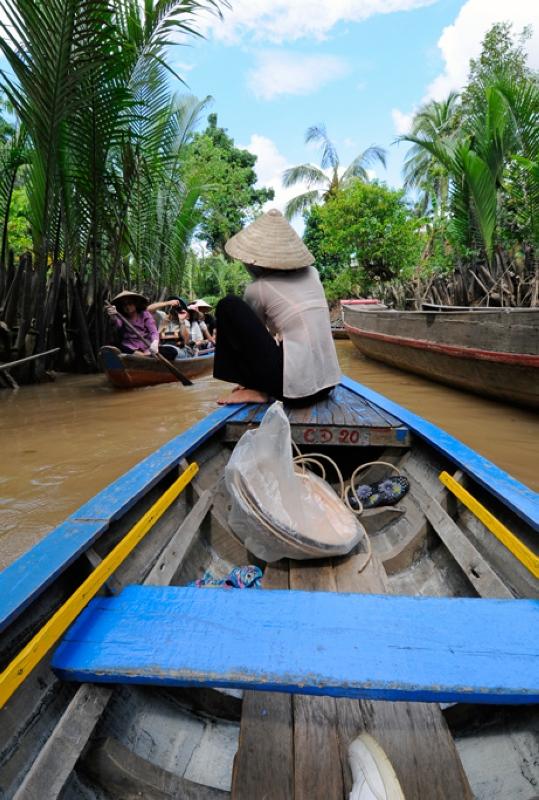Vietnam_4470a-boat.jpg