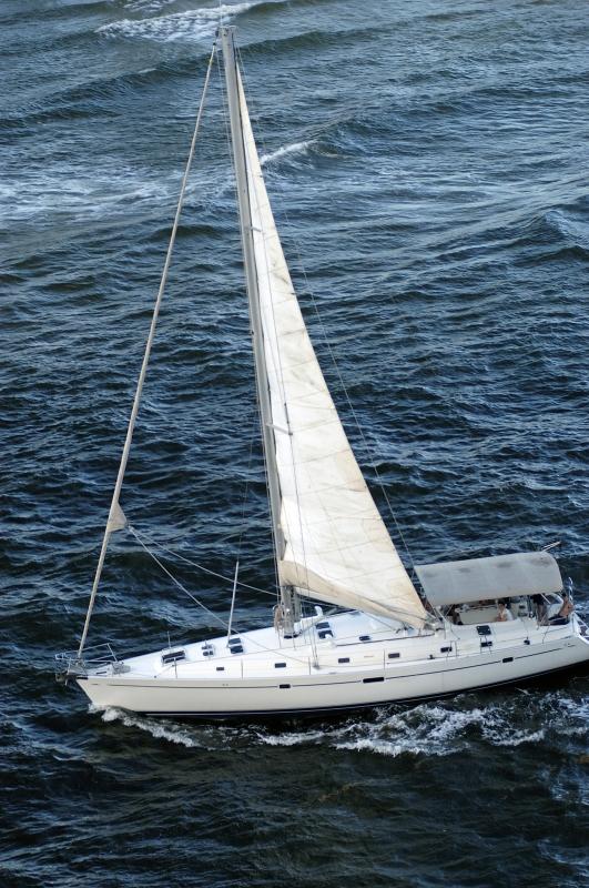cari4_1005_6-boat.jpg