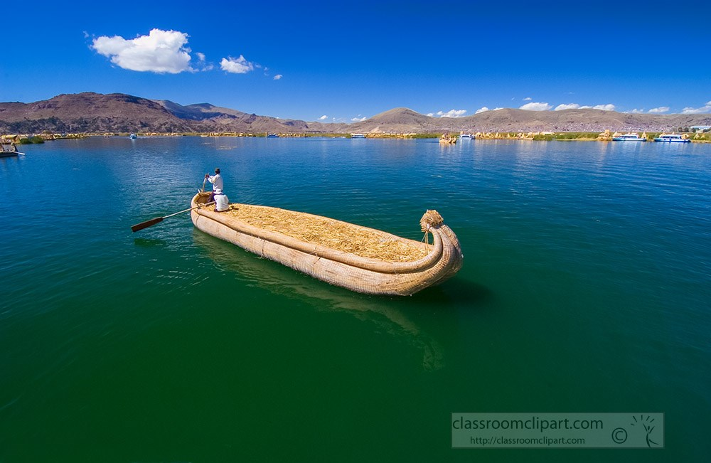 man-in-traditional-reed-boat-lake-titicaca-photo-122.jpg