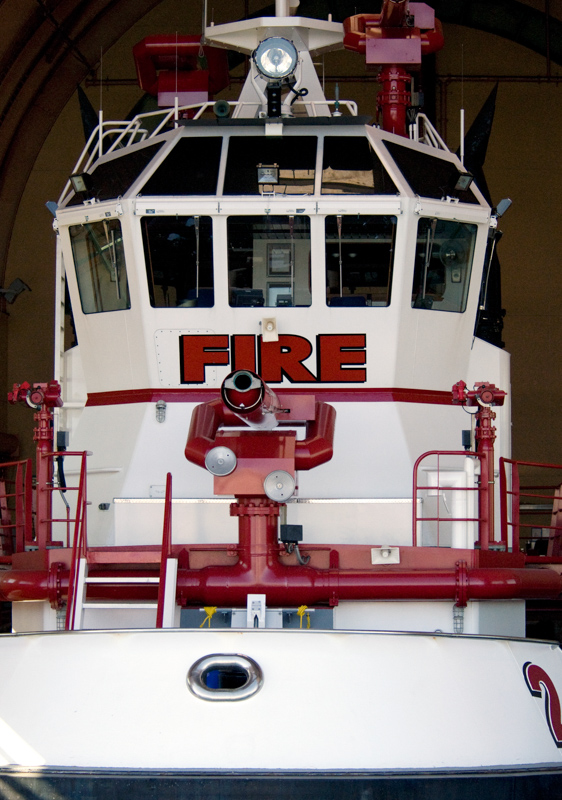 picture-fireboat-at-los-angeles-harbor_08_381A.jpg