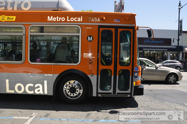 metro_bus_hollywood_california.jpg