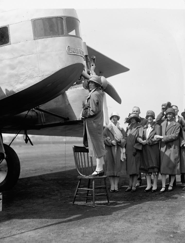 christens-sikorsky-plane-1925.jpg