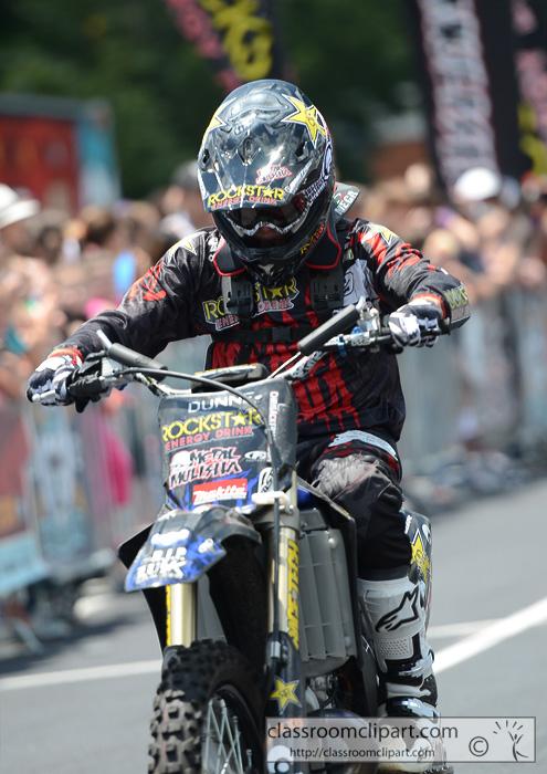 motorcycle_8883.jpg