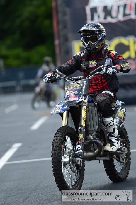 motorcycle_8916A.jpg