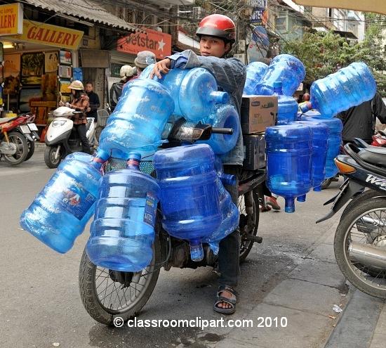 plastic_bottles_fill_motorcyle_vietnam.jpg