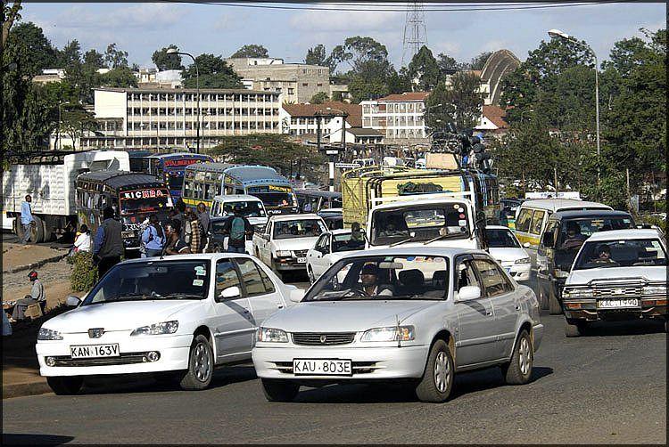 traffic-lined-up-on-street-in-nairobi-africa.jpg