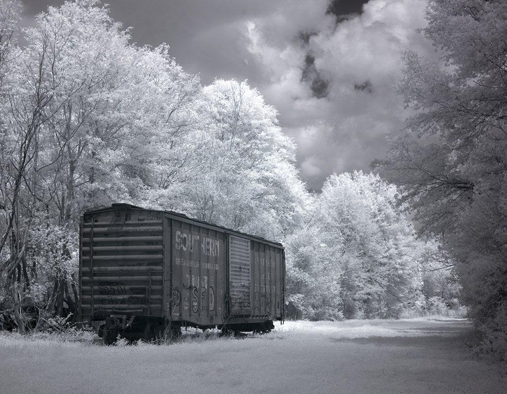 intrared-view-of-an-old-train-car.jpg