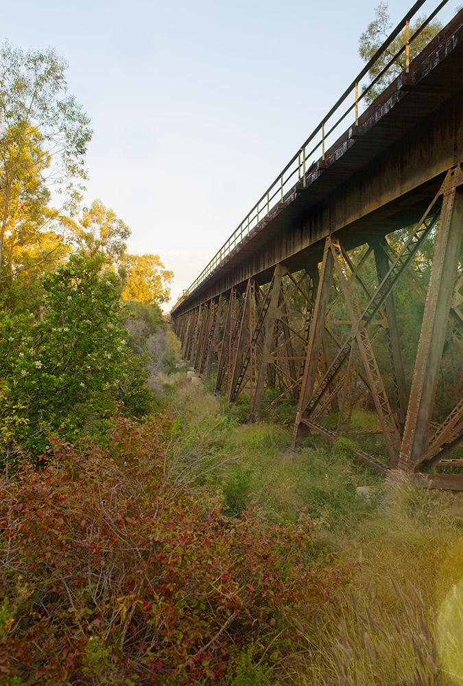 old-rusted-train-trestle-lalong-california-coast_6617.jpg