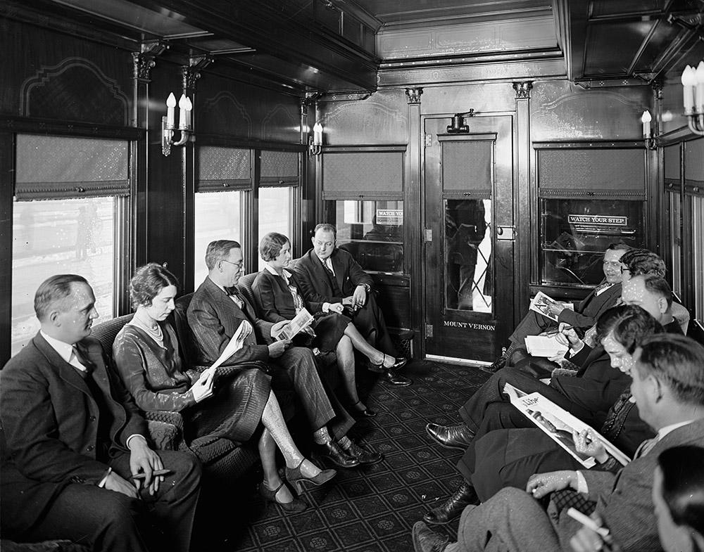 southern-railway-interior-of-car-19187.jpg