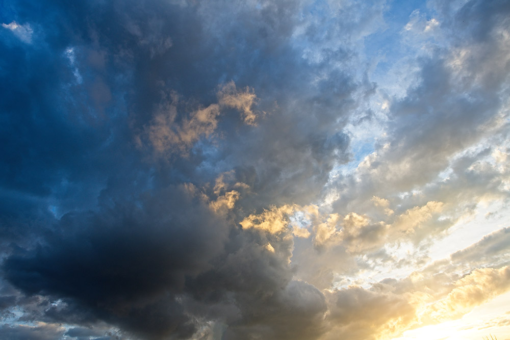 clouds-near-sunset-with-blue-sky-2570.jpg
