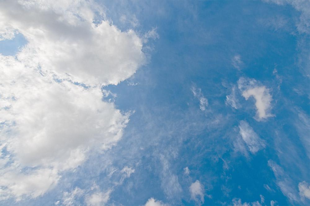 cumulus-with-altocumulus-clouds-in-blue-sky-2768.jpg