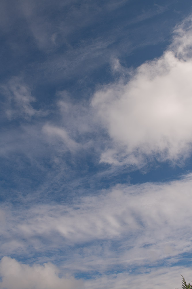 wispy-while-clouds-on-sunny-winter-day-7848.jpg