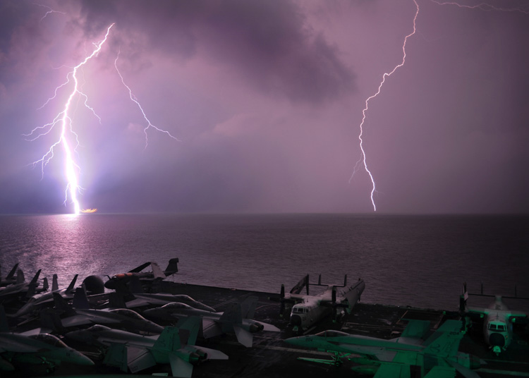 lighting-flashes-as-the-aircraft-carrier-transits-the-strait-of-malacca-018-photo.jpg