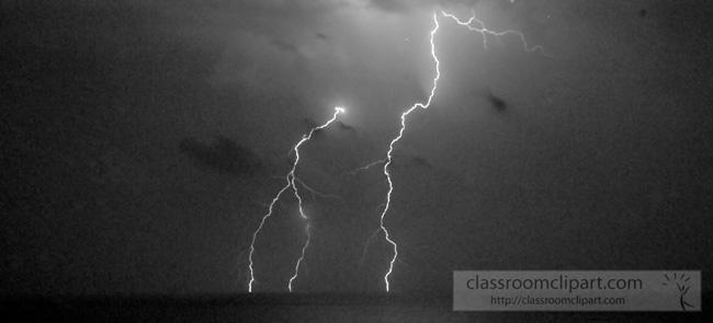 lightning_23001.jpg