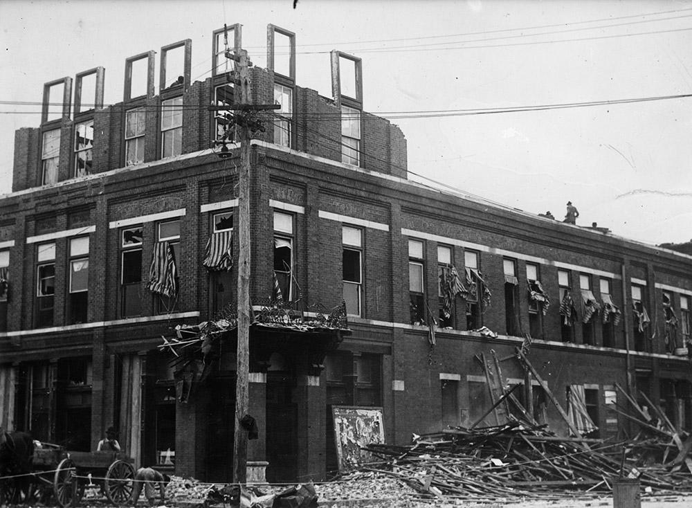 old-photo-damaged-brick-buidling.jpg