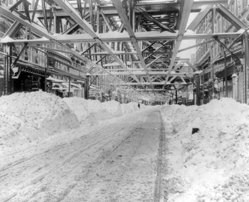 blizzard-of-1888-in-new-york-city-after-plowing.jpg