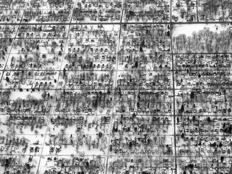 photo-aerial-view-of-snow-covered-town-showing-rows-of-houses-03627-2.jpg
