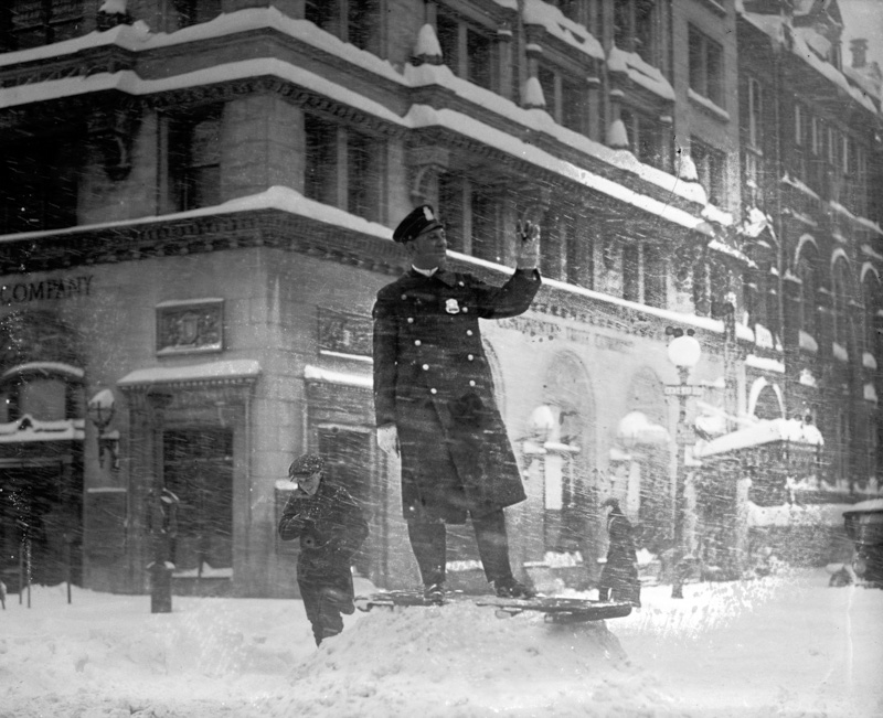 police-officer-directing-traffic-during-blizzard-1922.jpg