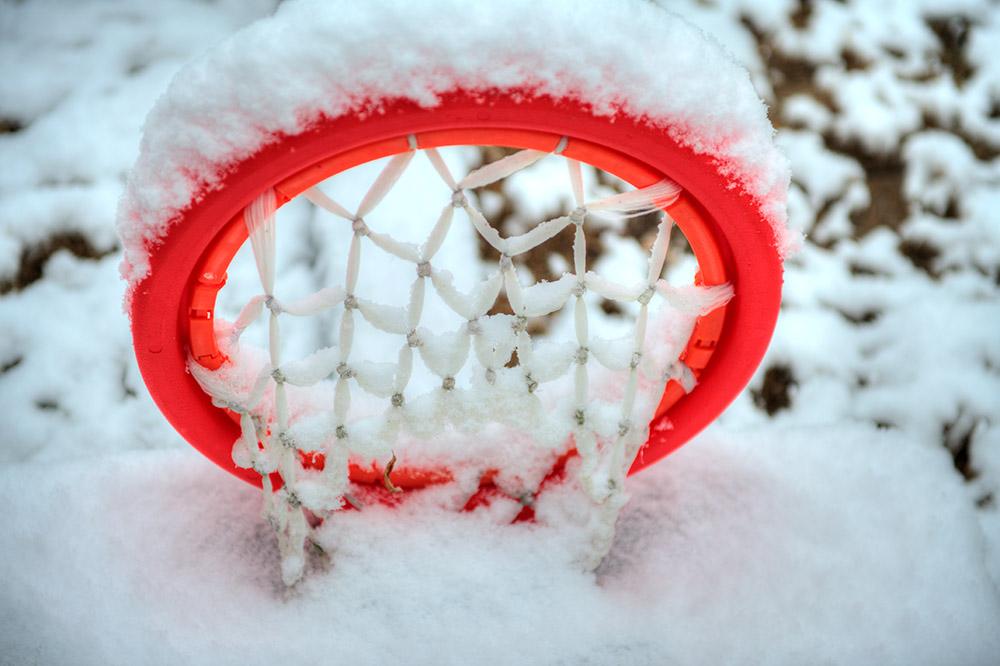 snow-covered-childrens-basketball-hoop.jpg